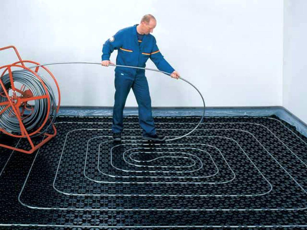 Как проводится монтаж теплого водяного пола?
